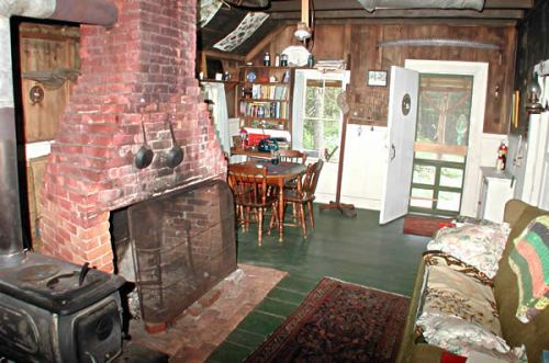 600_109_Another_shot_inside_Winter_House_BARRY